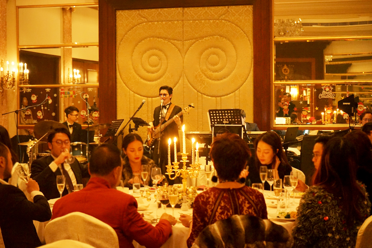 David Ma Live Music Civil Celebrant of Marriages 音樂統籌及婚姻監禮人 Jazz Trio Live Band vocalist @ Bespoke Wedding